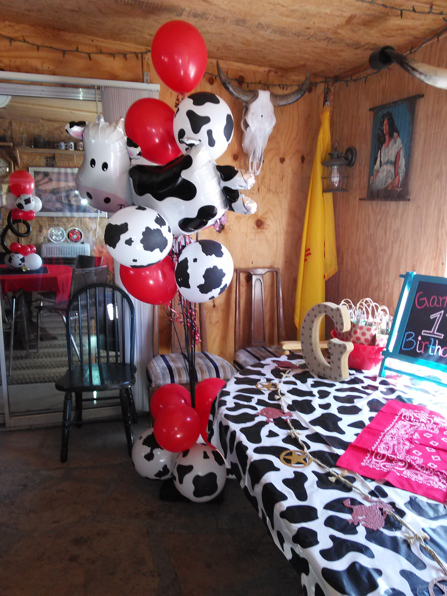 Cow Balloon Tree
